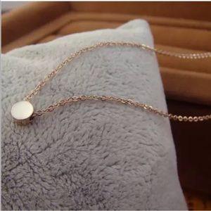Simple Elegant Gold Filled Circle Necklace